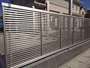 YKKエクスラインフェンス1型施工例①