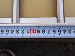 フェンス本体の必要な位置に印をつける