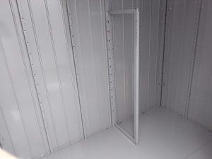 棚支柱を取り付ける