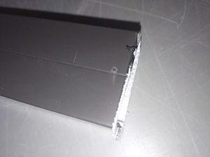 ディスクグラインダーで切断した場合の切断面2