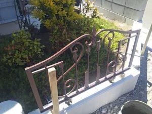 アルミ鋳物フェンスを立てる